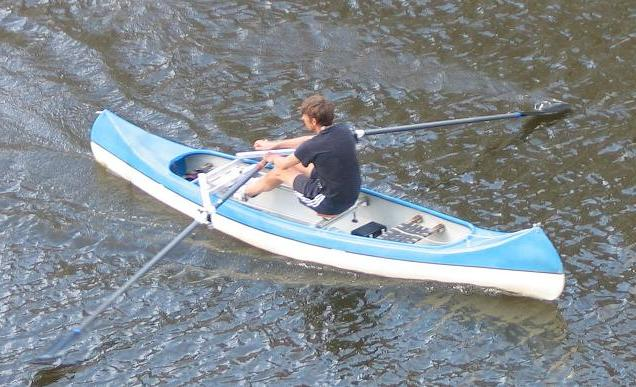 Rowing in a canoe with the drop-in RowSurfer